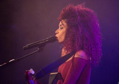 Flavia Coelho - 7